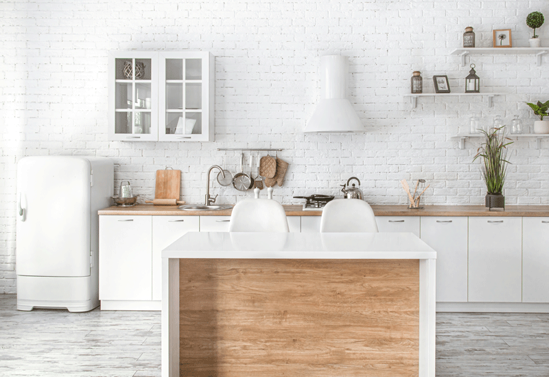 Kitchen decor trends 2021 / marble kitchen